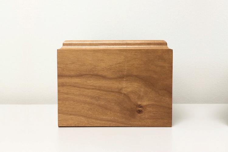 wooden-cremation-urns